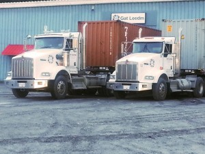 ContainerTrucks
